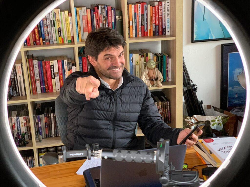 David Gomez autor Negocios Inmortales